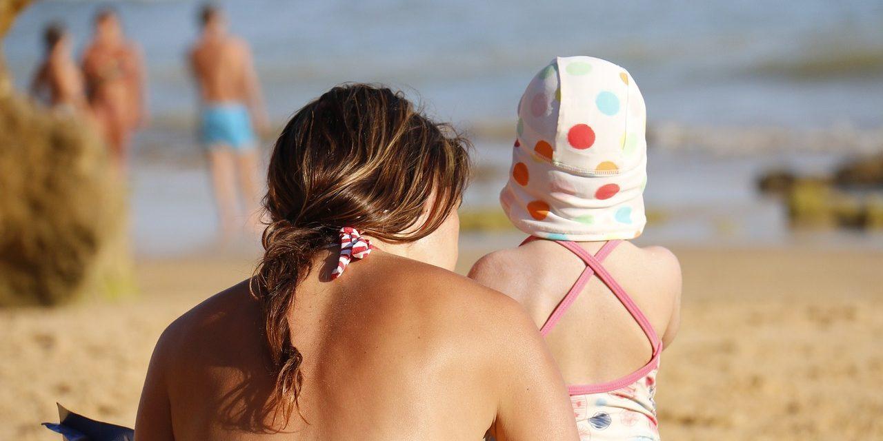 Защита кожи ребенка от солнца