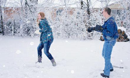Зимние забавы: 10 способов занять всю семью на каникулах