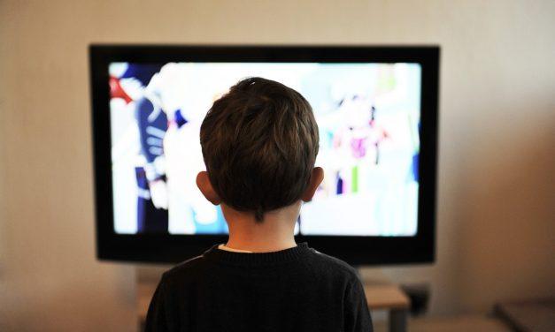 Дети и телевизор. Как взять ситуацию под контроль